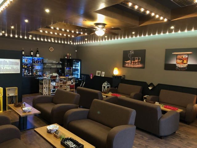 Reiner-Genuss-Lounge.jpg